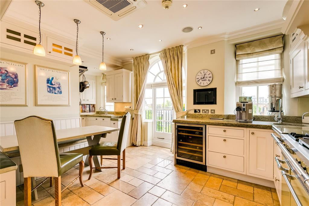 5 Bedrooms Flat for sale in Coleherne Court, Redcliffe Gardens, London