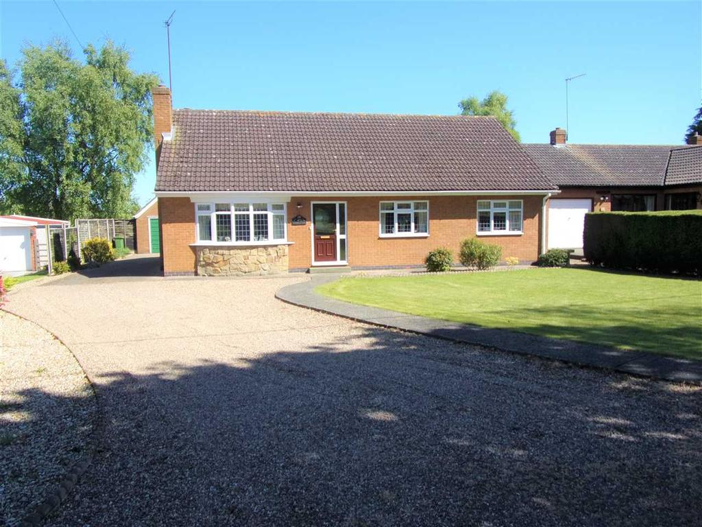 3 Bedrooms Bungalow for sale in MARSH LANE, WINTERINGHAM, SCUNTHORPE