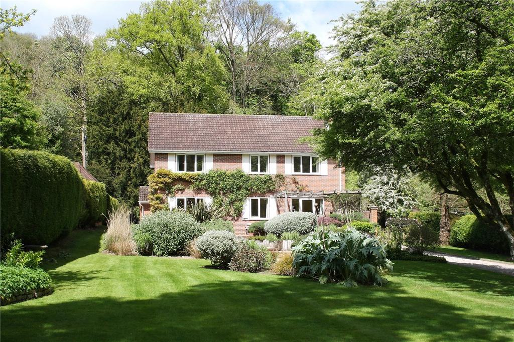 4 Bedrooms Detached House for sale in Steep, Petersfield, Hampshire, GU32