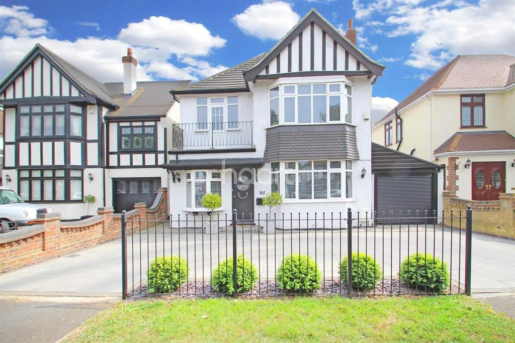 4 Bedrooms Detached House for sale in Main Road, Gidea Park
