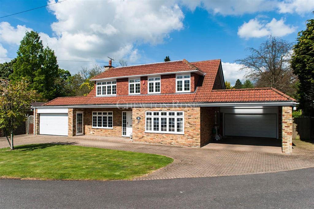 4 Bedrooms Detached House for sale in Gerrards Cross, Buckinghamshire