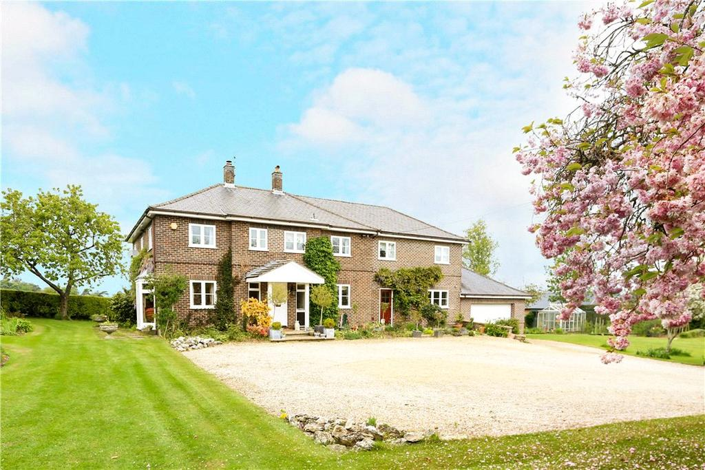 6 Bedrooms Detached House for sale in Station Road, Oakley, Basingstoke, Hampshire, RG23