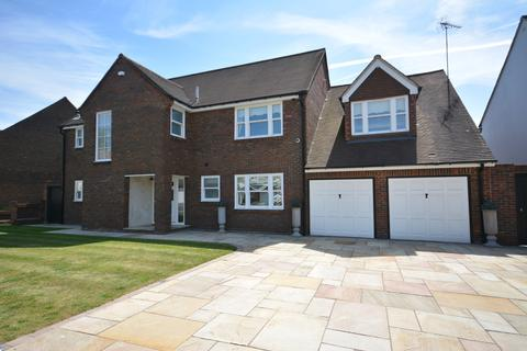5 bedroom detached house for sale - Tyle Green, Emerson Park, Hornchurch RM11