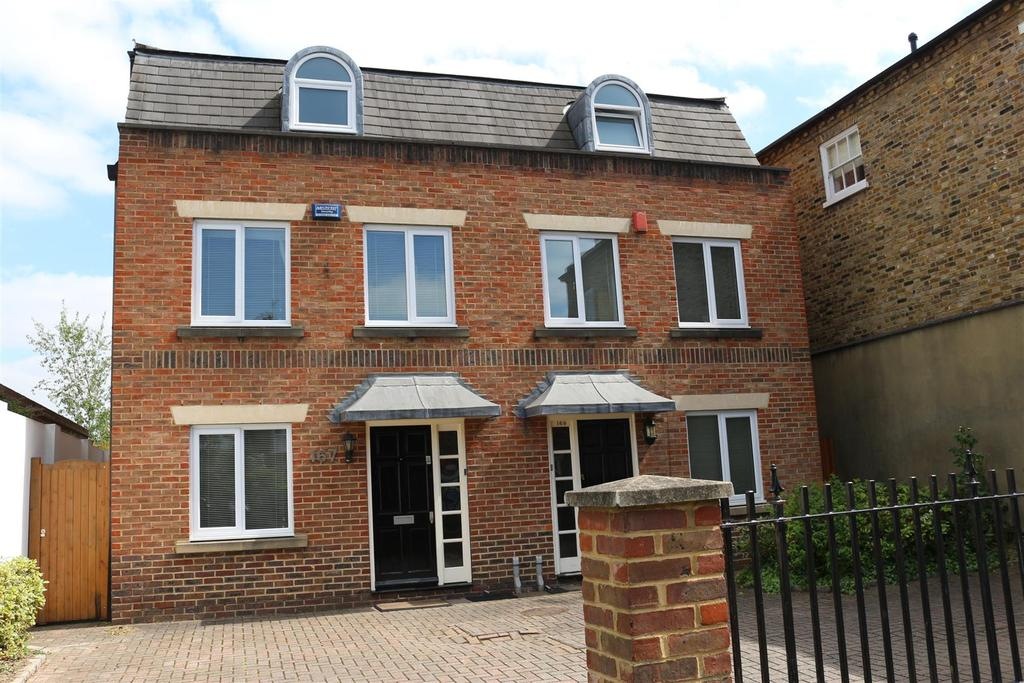 3 Bedrooms House for sale in Parkside, East Sheen