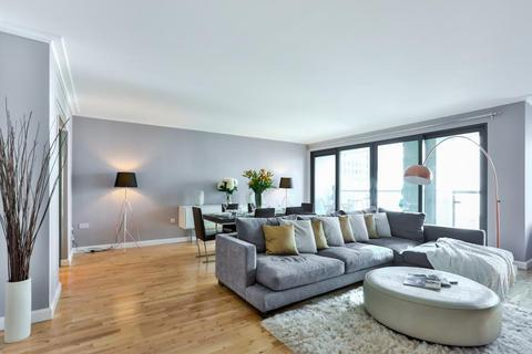 3 bedroom flat to rent - SHORT LET | Canary Wharf | E14