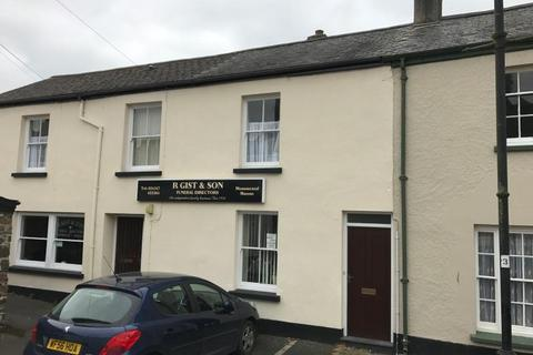 2 bedroom flat to rent - Castle Street, Torrington