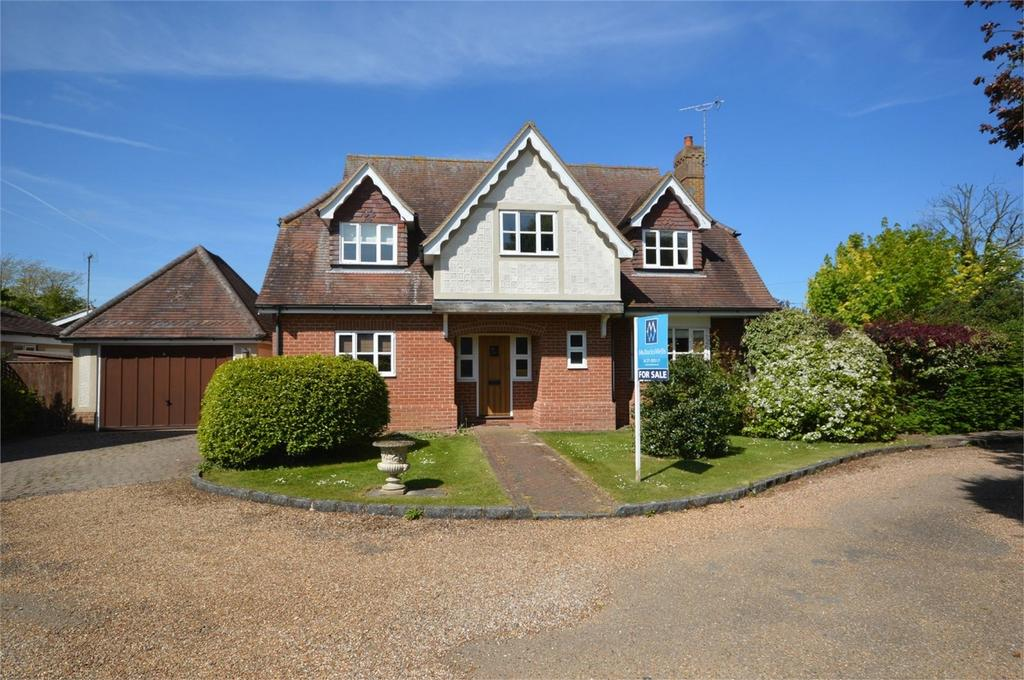 4 Bedrooms Detached House for sale in The Orchard, Felsted