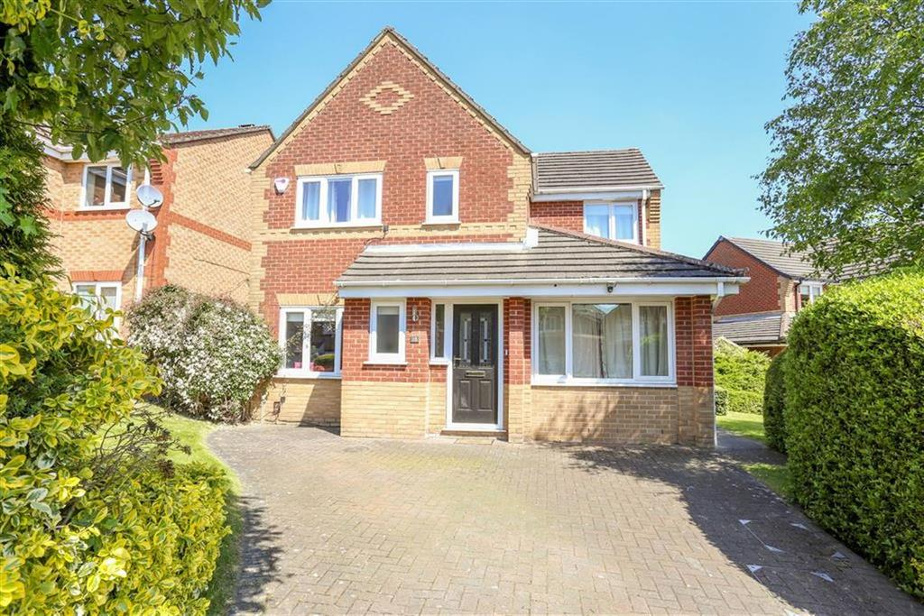 4 Bedrooms Detached House for sale in Tennyson Close, Heaton Mersey