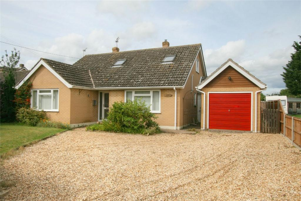 4 Bedrooms Chalet House for sale in Gallants Lane, NR16 2NQ, East Harling, NORWICH, Norfolk