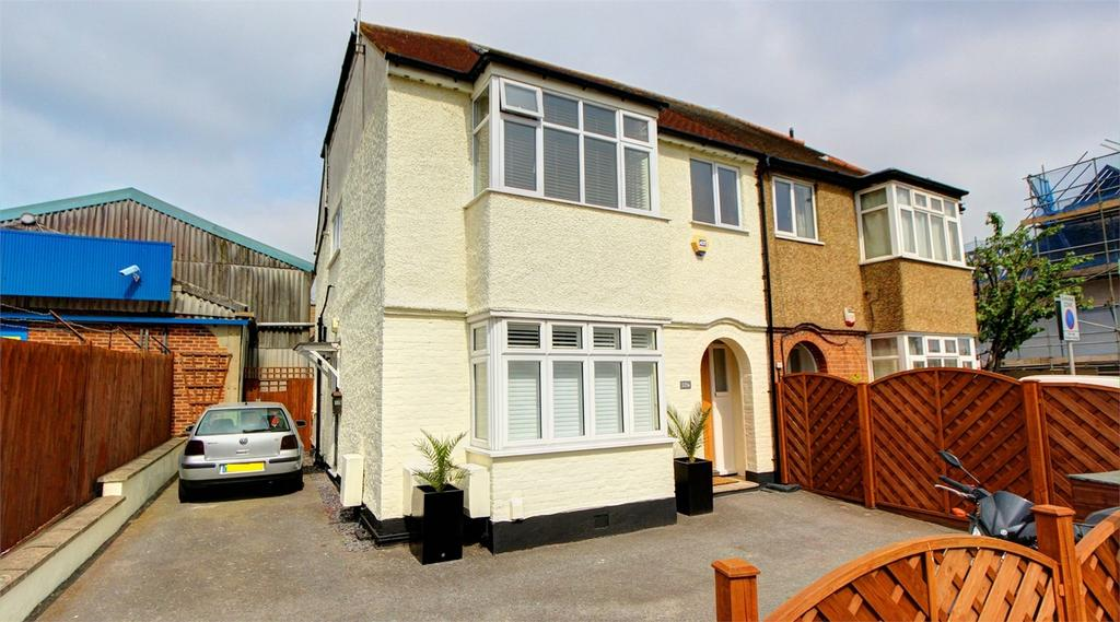 2 Bedrooms Flat for sale in Southlands Road, Bromley, Kent