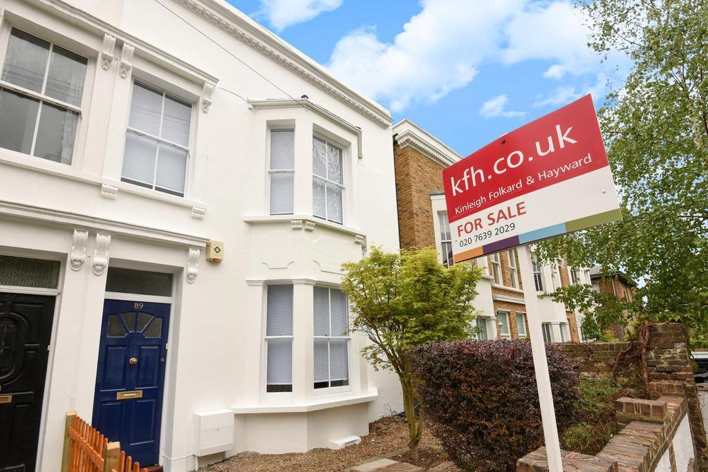 3 Bedrooms Terraced House for sale in Lyndhurst Grove, Peckham Rye, SE15