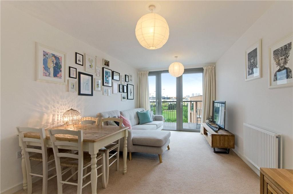 1 Bedroom Flat for sale in Waterside Heights, 16 Booth Road, Royal Docks, London, E16