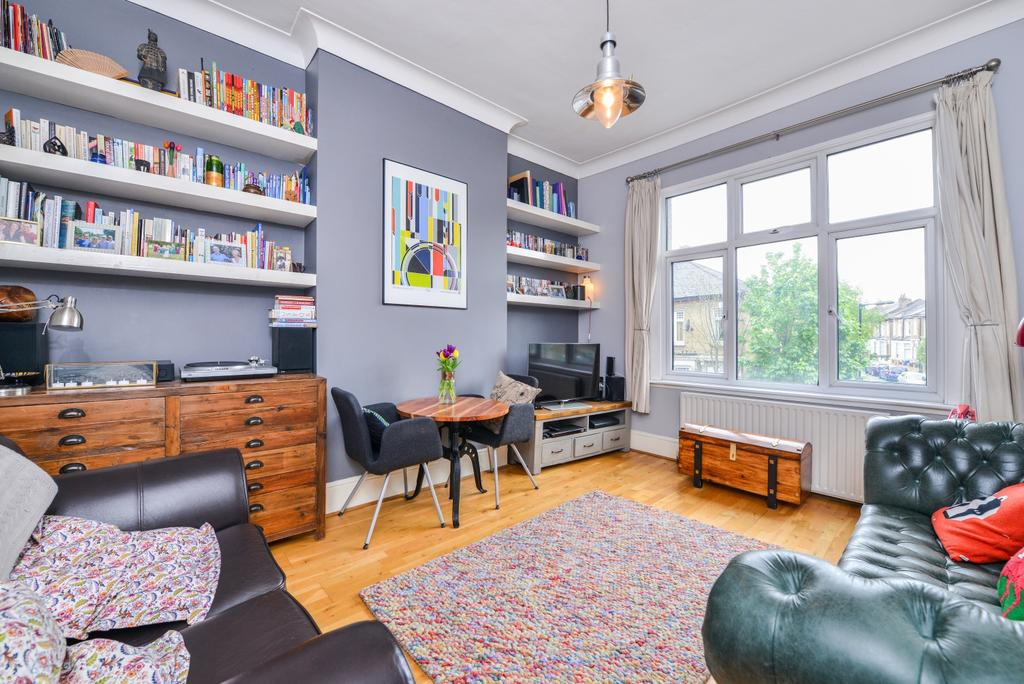 2 Bedrooms Flat for sale in Glengarry Road East Dulwich SE22