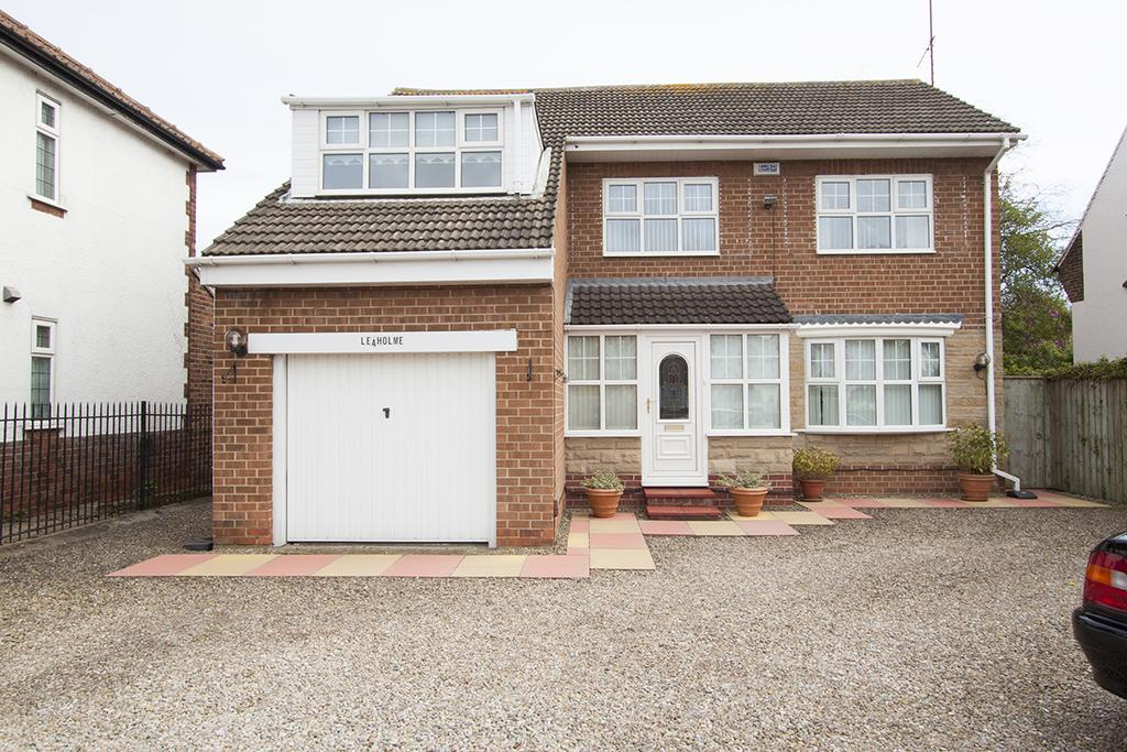 3 Bedrooms Detached House for sale in Elwick Road, West Park, Hartlepool TS26