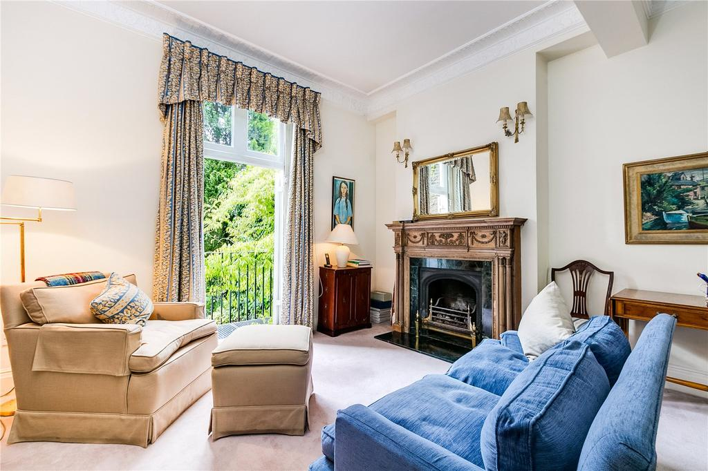4 Bedrooms Terraced House for sale in Thurloe Place, South Kensington, London
