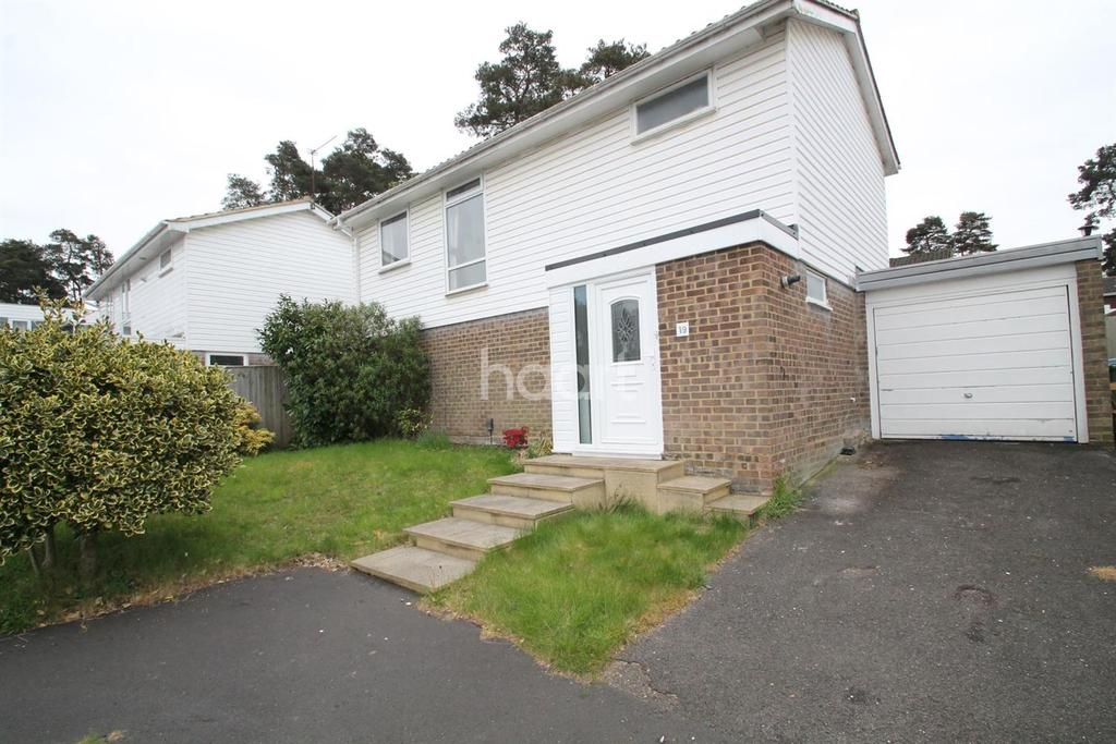 3 Bedrooms Detached House for sale in Qualitas, Roman Hill, Bracknell.