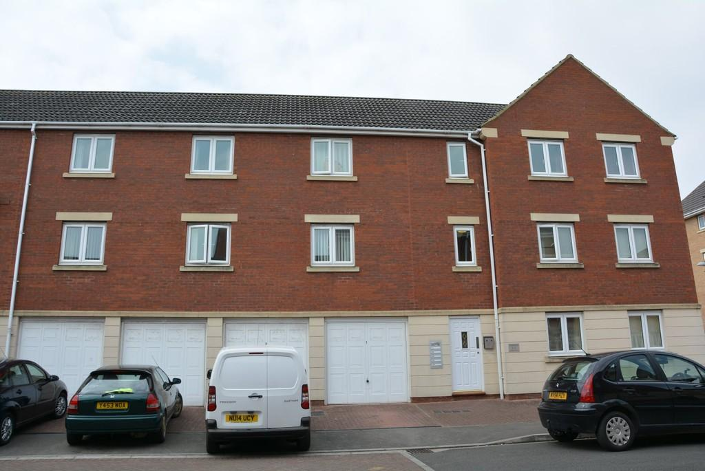 2 Bedrooms Apartment Flat for sale in Ankatel Close, Weston-super-Mare