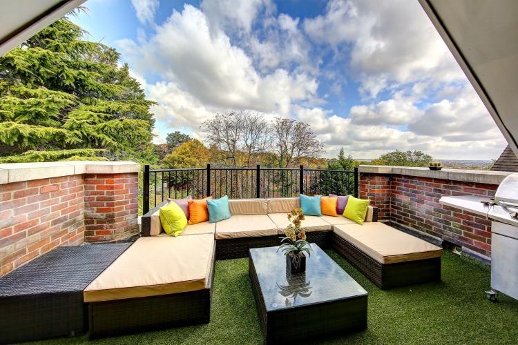 3 Bedrooms Apartment Flat for rent in Wimbledon Hill Road Wimbledon SW19