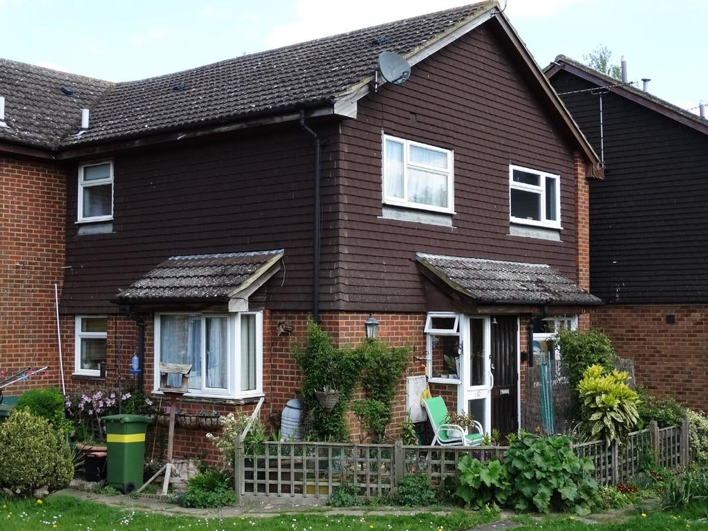 1 Bedroom House for sale in Marden, Kent