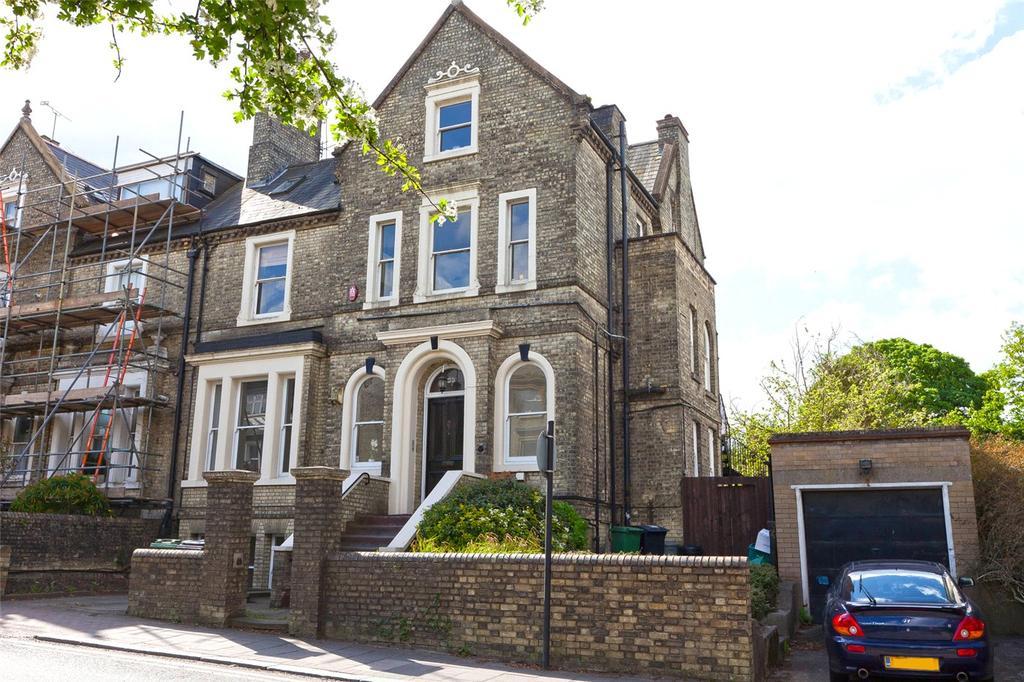 4 Bedrooms Flat for sale in Hampstead Lane, Highgate Village, London, N6