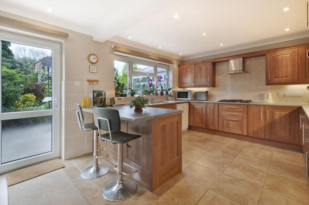 4 Bedrooms Detached House for sale in The Grange, East Malling