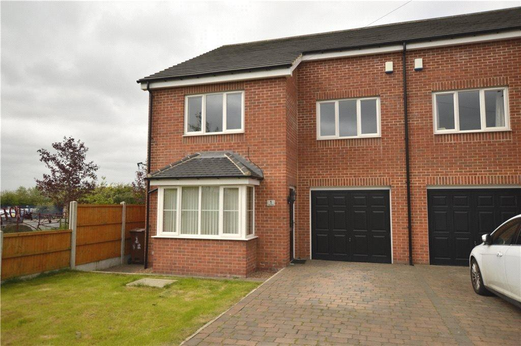 4 Bedrooms Semi Detached House for sale in Park Row, First Avenue, Rothwell, Leeds