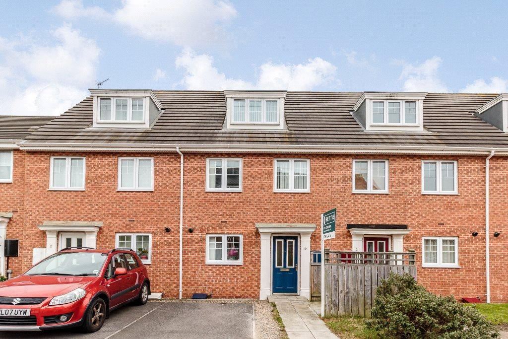 3 Bedrooms Terraced House for sale in Kelvedon Avenue, Central Grange, Newcastle upon Tyne, Tyne Wear