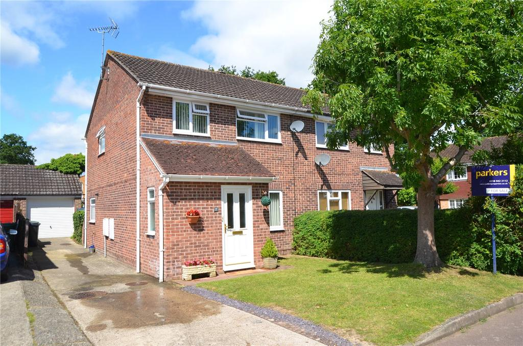 3 Bedrooms Semi Detached House for sale in Lytham End, Tilehurst, Reading, Berkshire, RG31