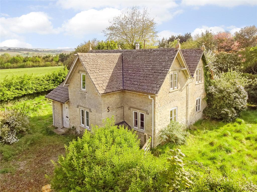 4 Bedrooms Detached House for sale in Hilmarton, Calne, Wiltshire
