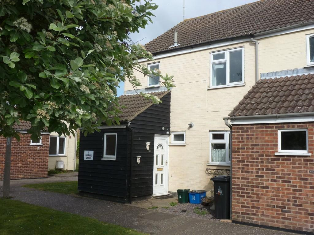3 Bedrooms End Of Terrace House for sale in Hillary Close, Heybridge