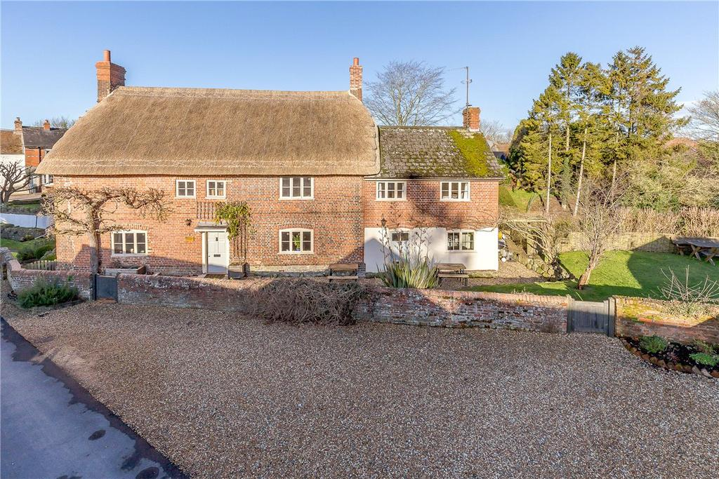 4 Bedrooms Detached House for sale in High Street, Urchfont, Devizes, Wiltshire, SN10