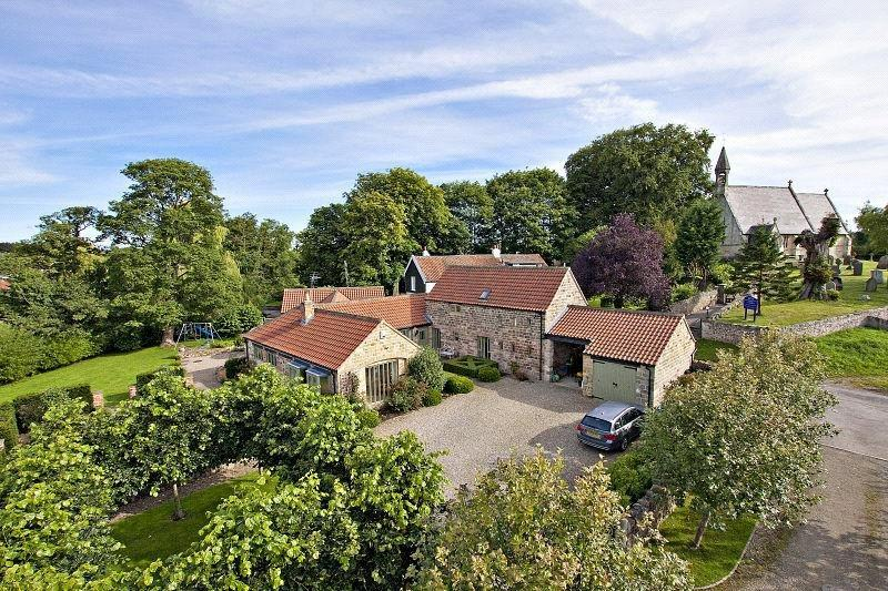 4 Bedrooms Detached House for sale in The Old Farmstead, South Stainley, Near Harrogate, North Yorkshire, HG3
