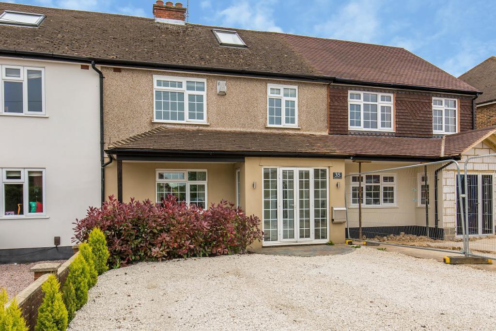 3 Bedrooms Terraced House for sale in Blanchmans Road, Warlingham, Surrey, CR6 9DF