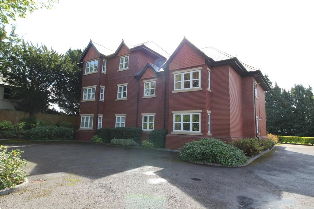 2 Bedrooms Apartment Flat for sale in Brooklands, Millbrook Road, Dinas Powys