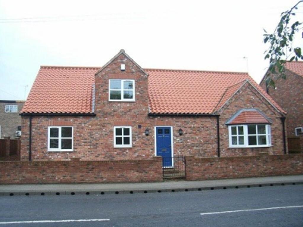 4 Bedrooms Detached Bungalow for sale in Ogilvey Close, Swinefleet, East Yorkshire