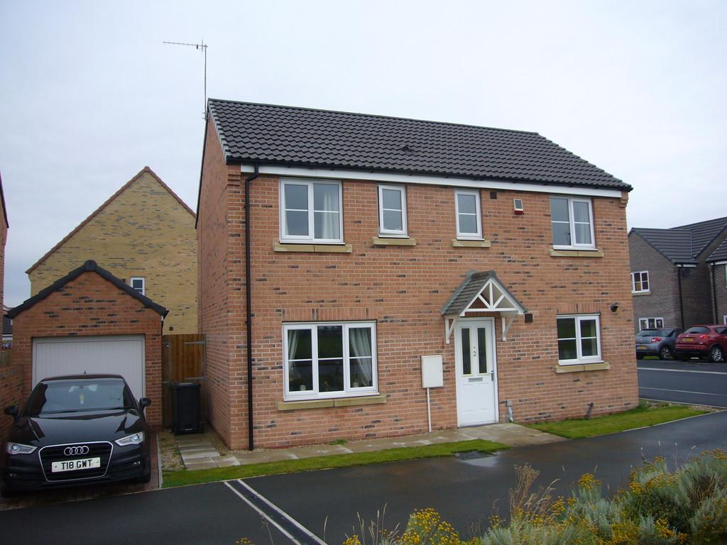 3 Bedrooms Detached House for sale in Blackthorn Close, Selby