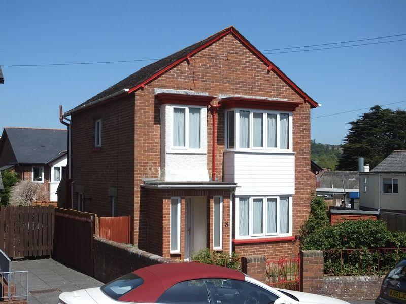 3 Bedrooms Detached House for sale in Cleve Road, Exeter