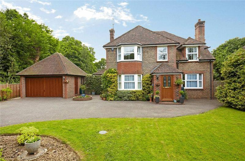 5 Bedrooms Detached House for sale in Lewes Road, Scaynes Hill, West Sussex