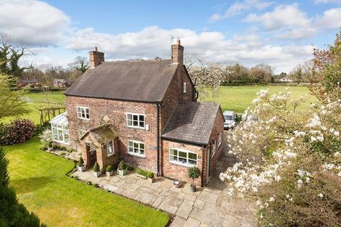 4 bedroom detached house for sale - Broome Lane, Lower Peover