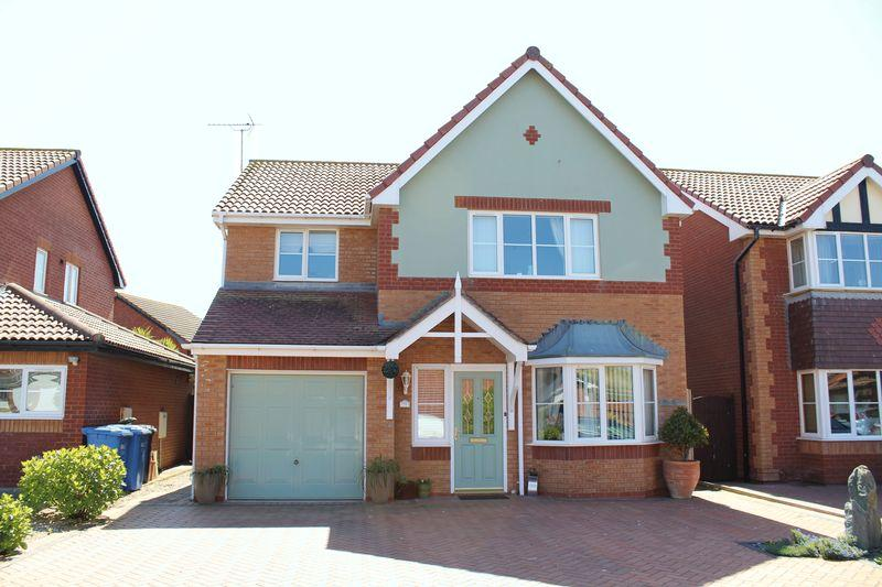 4 Bedrooms Detached House for sale in Ffordd Idwal, Prestatyn