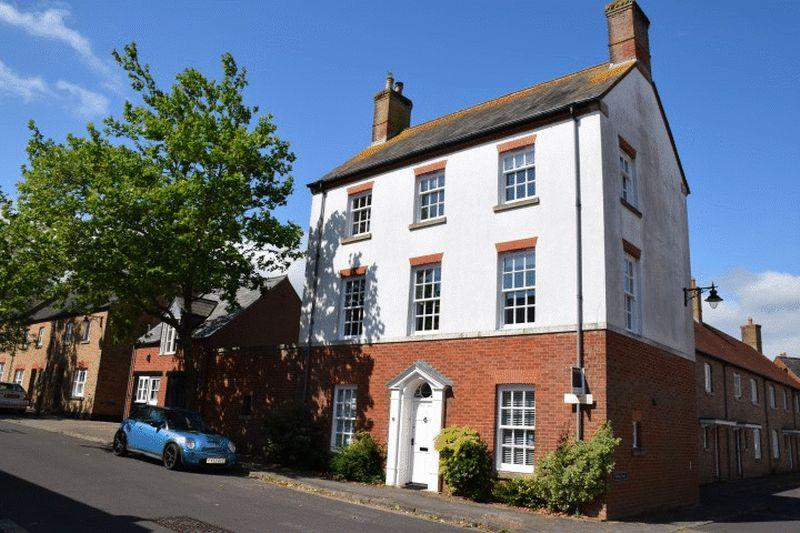 5 Bedrooms Detached House for sale in Middlemarsh Street, Dorchester