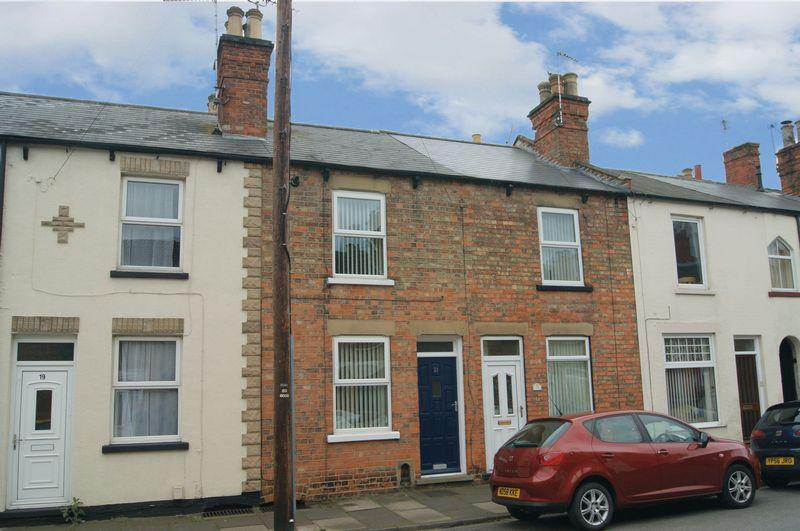 2 Bedrooms Terraced House for sale in Harcourt Street, Newark