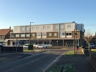 2 Bedrooms Flat for rent in Lampits Hill, Corringham, SS17