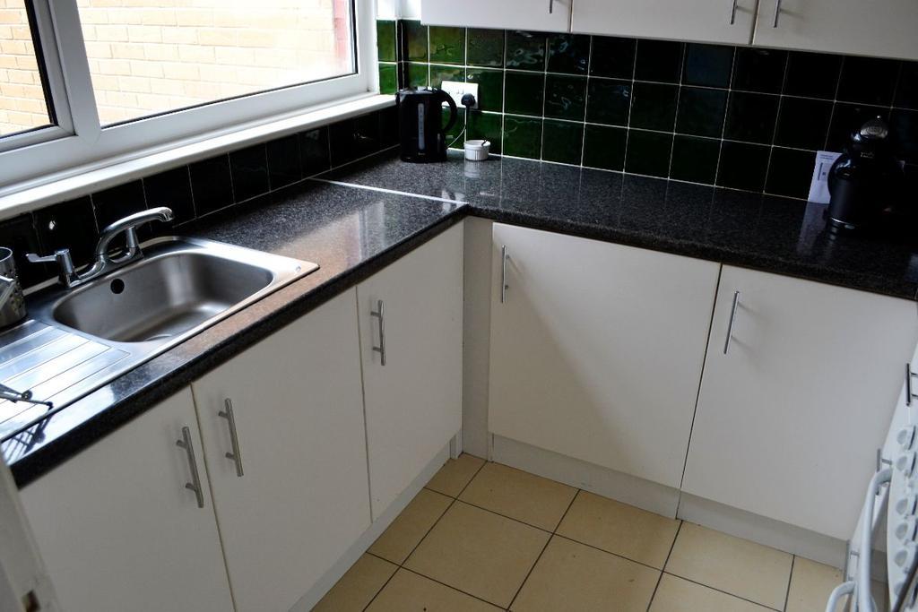 1 Bedroom Bungalow for sale in Stevelee, Coed Eva