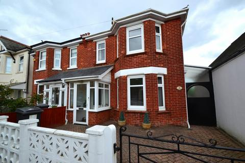 4 bedroom semi-detached house for sale - Springbourne