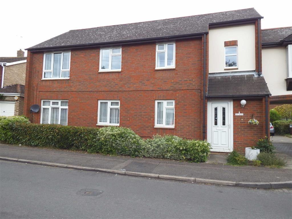 2 Bedrooms Maisonette Flat for sale in Barry Court, Stevenage, Hertfordshire, SG1
