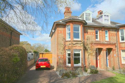 4 bedroom detached house to rent - Broomfield Road, Henfield BN5
