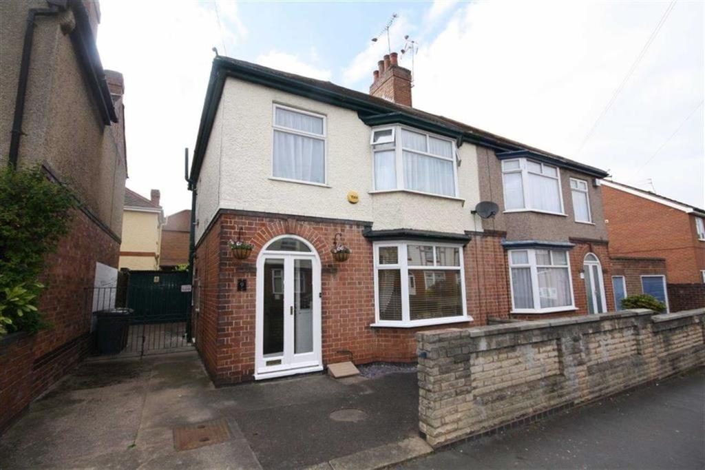 3 Bedrooms Semi Detached House for sale in Richmond Road, Nuneaton