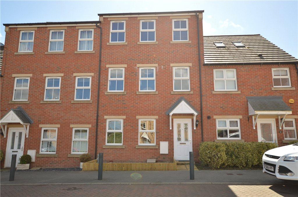 4 Bedrooms Terraced House for sale in Bramble Square, East Ardsley, Wakefield