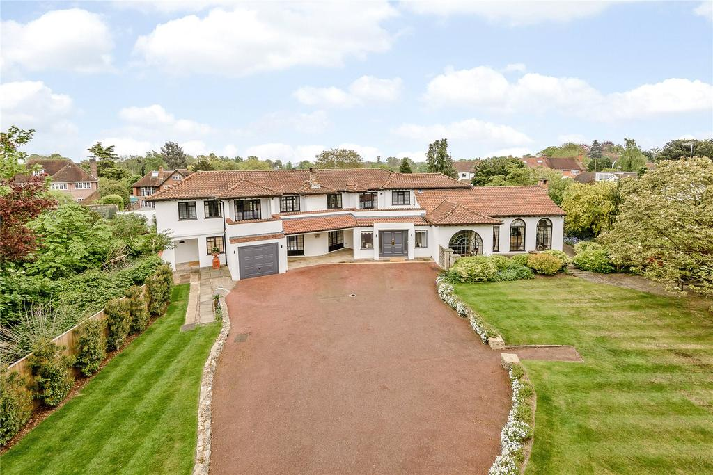 5 Bedrooms Detached House for sale in Village Road, Denham Village, Buckinghamshire